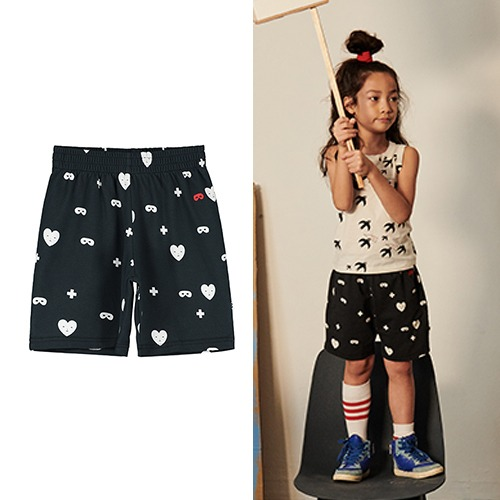 [beauloves] Black Hearts + Masks Shorts